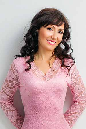 hot russian brides home